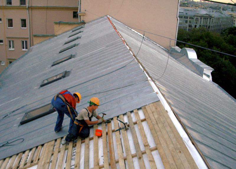 УК Югжилсервис-2 провела текущий ремонт крыш